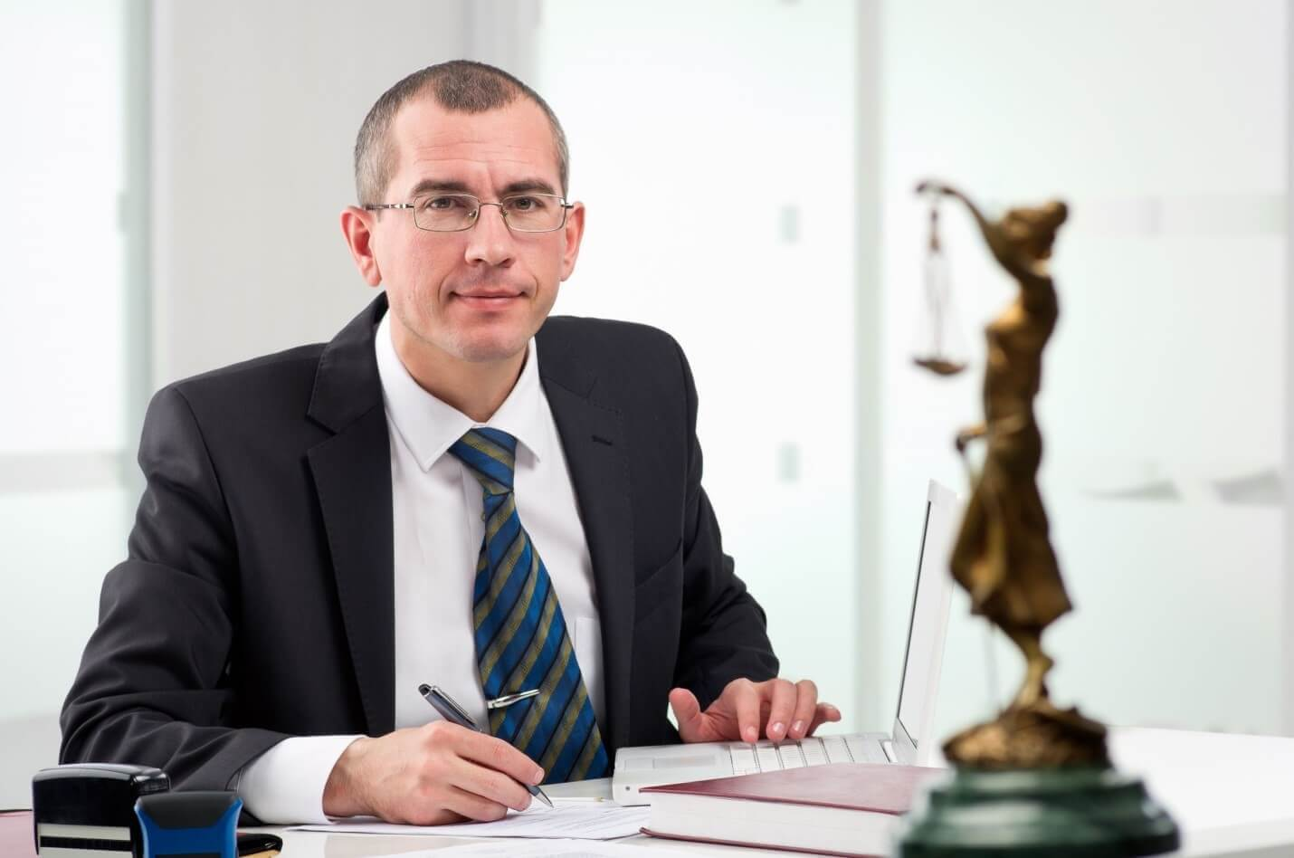 Do I Need a Lawyer for My Personal Injury Case?