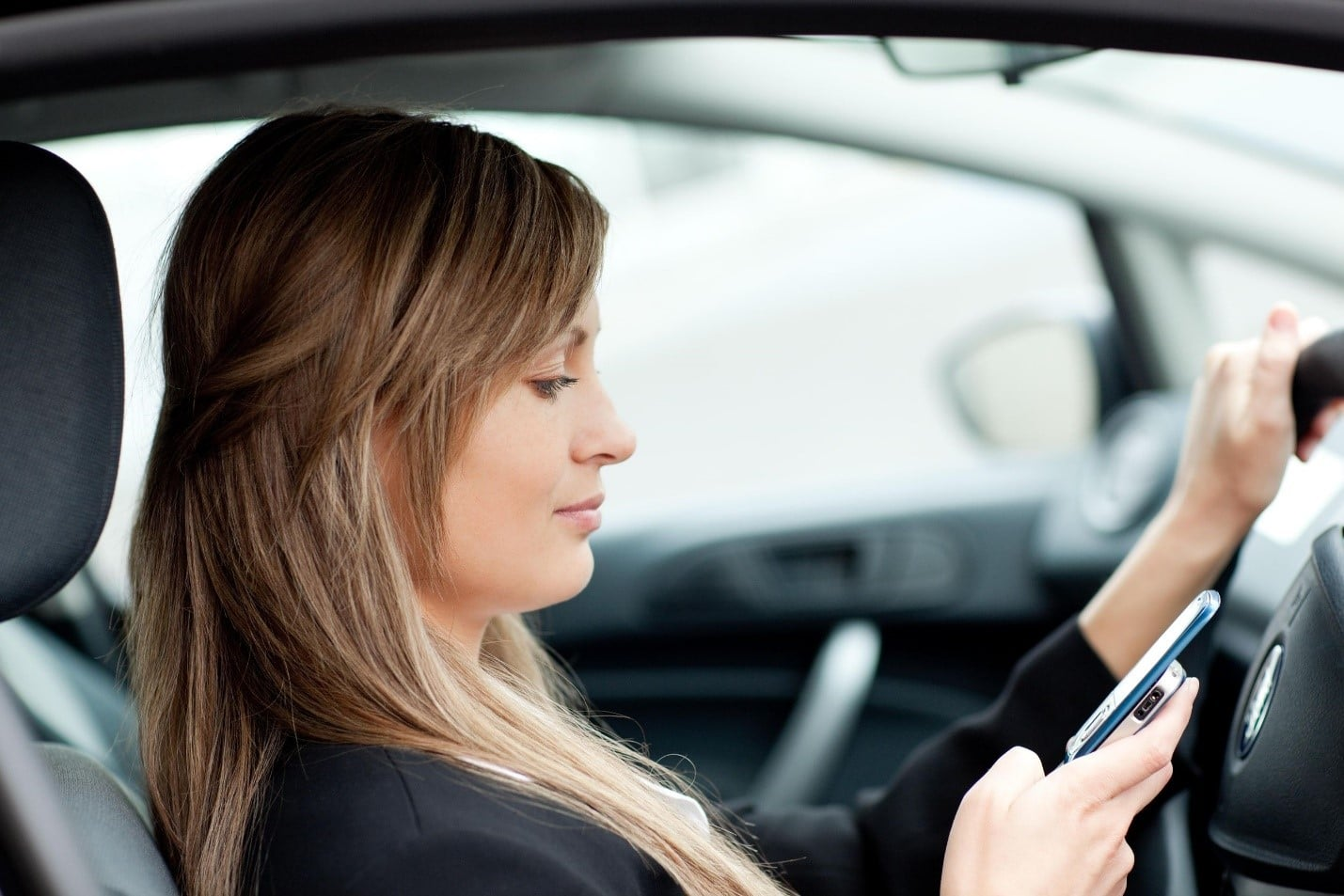 Survey Reports Distracted Drivers Worse Threat than Drunk Drivers