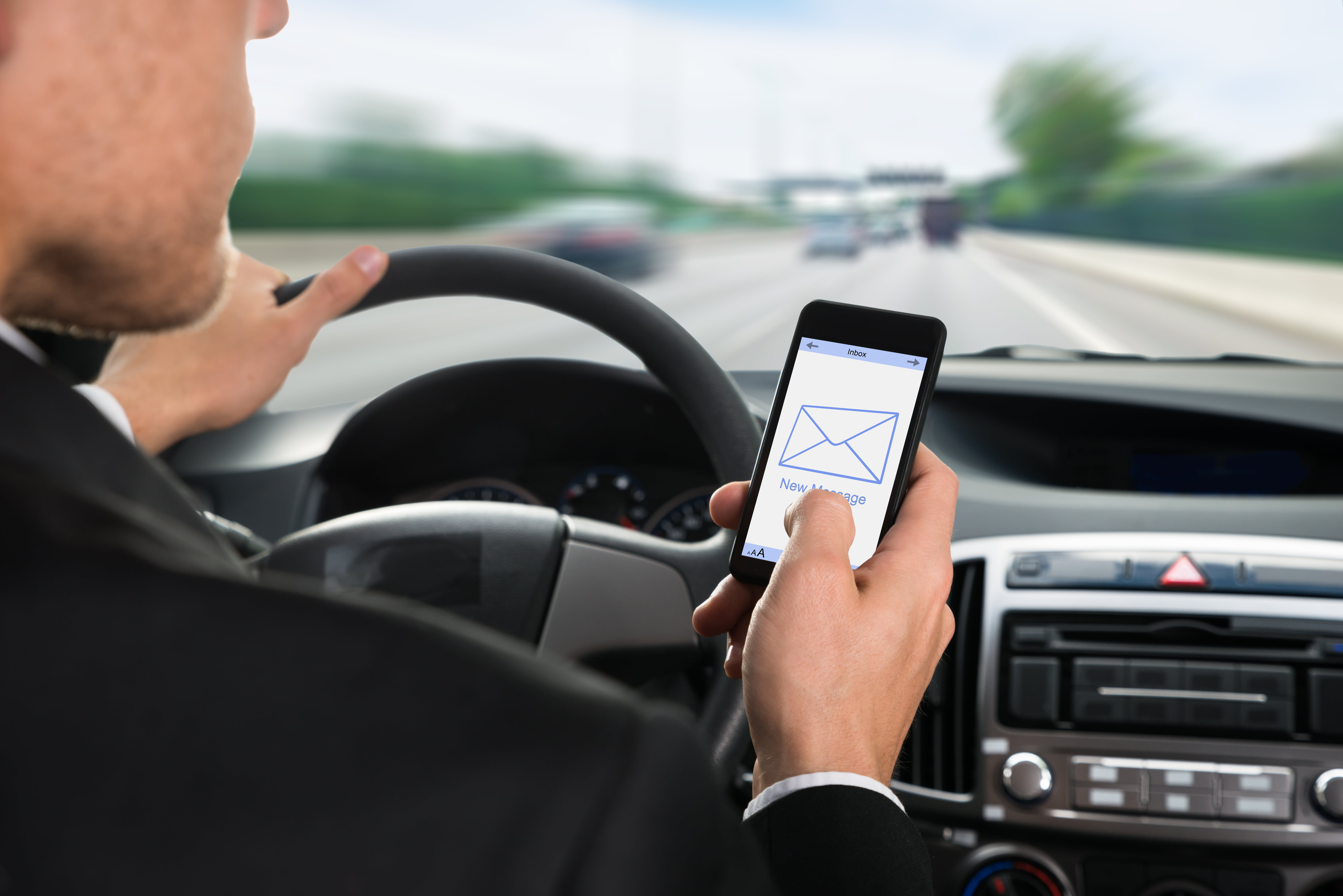 How's Florida Doing with Distracted Driving? Not Well