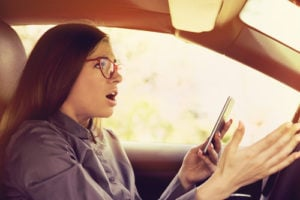 distracted drivng accident lawyer naples florida