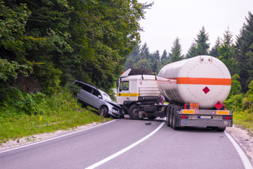 what to know about car accidents involving trucks Fort Lauderdale, FL